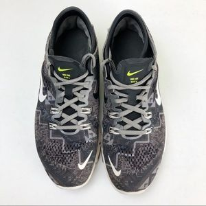 Nike Free TR Fit 4 Athletic Shoes